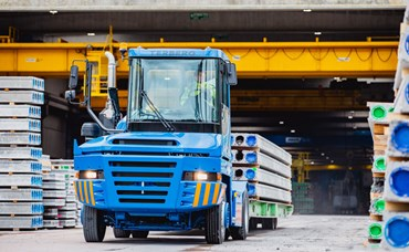 Terberg tractors move concrete products at eight Wil......
