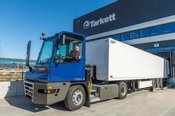 Tarkett integrates Terberg YT203-EV electric termina......